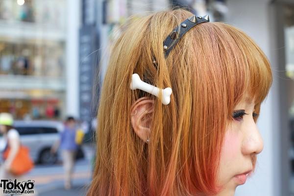 Spiked headband with plastic bone