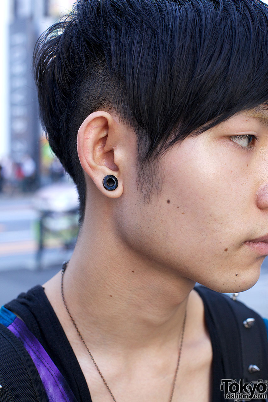 Gauged Earrings For Men Gages Lake Man Charged After 1 000