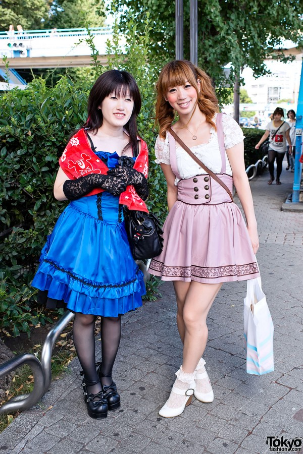An Cafe Fan Fashion in Harajuku (2)