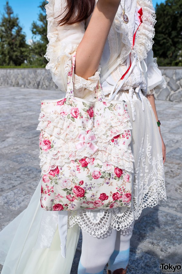 Lace & Flowers Handbag in Harajuku