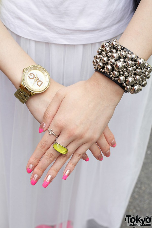 D&G watch, beaded bracelet & rings