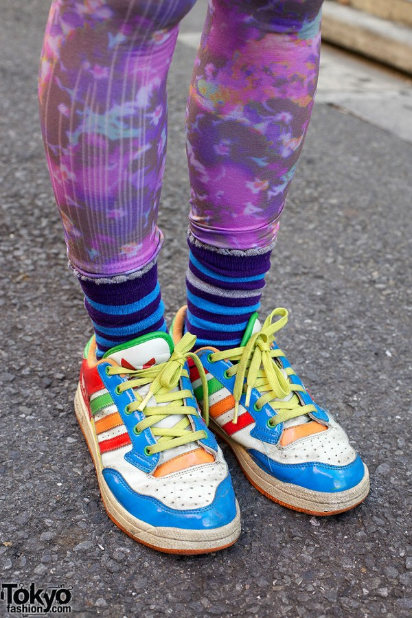 Graffic Tights, Striped Socks & Sneakers