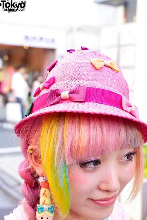 Pink Hat w/ Bows in Harajuku