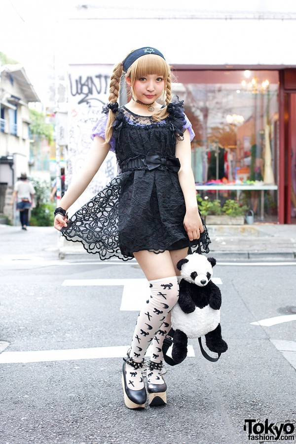 Black and White Harajuku Girl