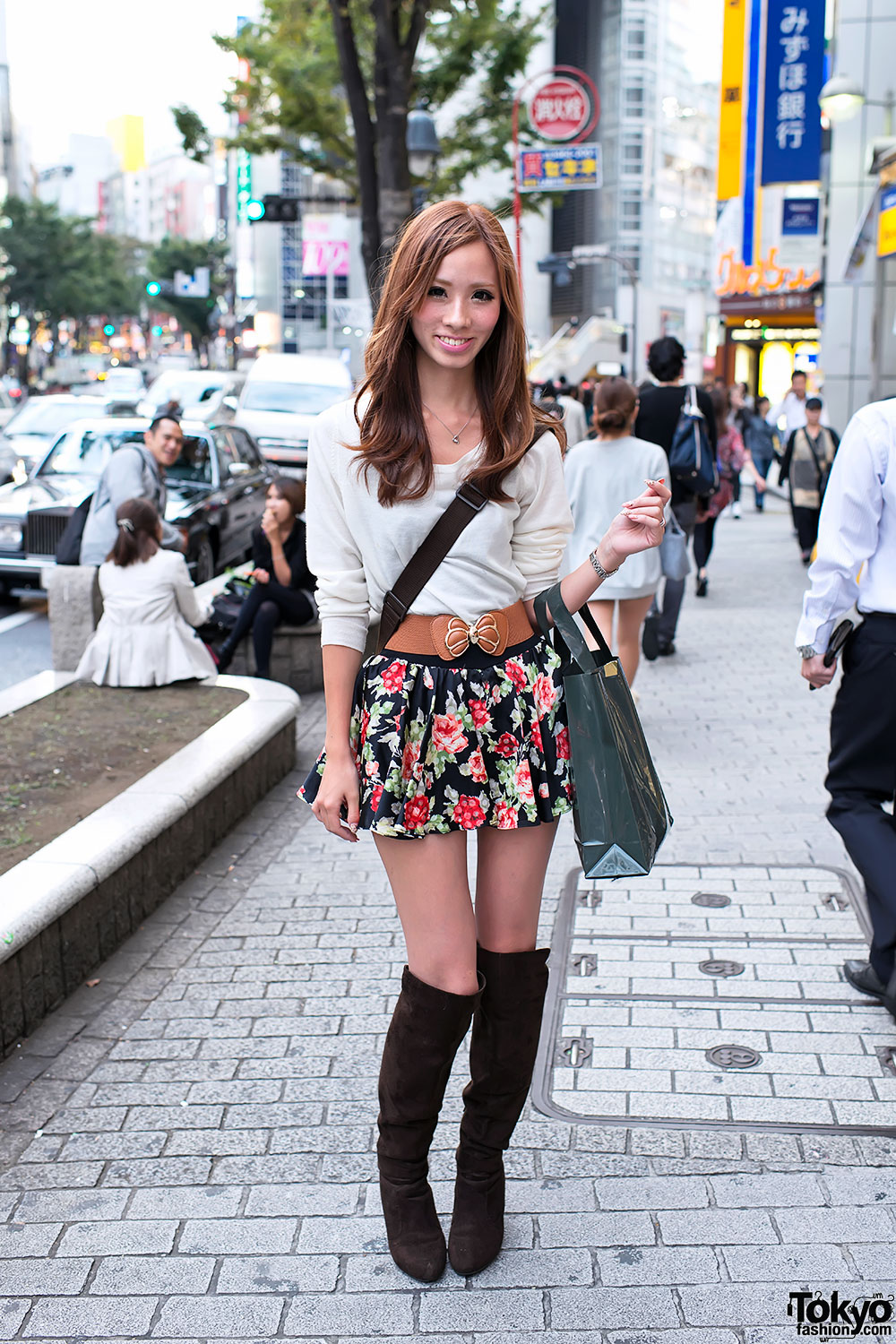 Shibuya Girl In Flower Skirt Amp Suede Boots W Louis