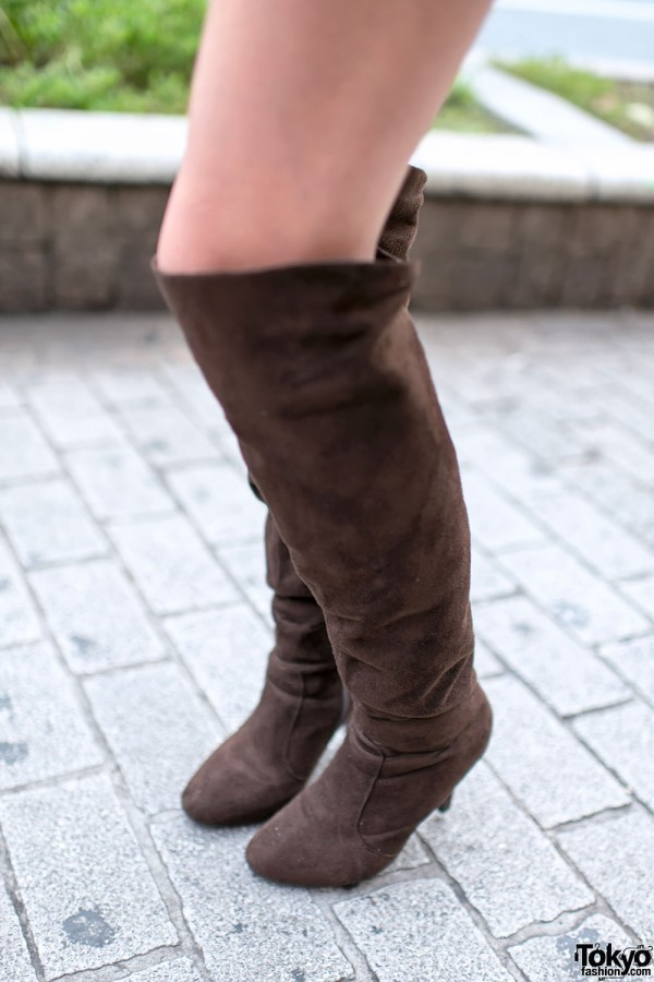 Knee-high Suede Boots in Shibuya