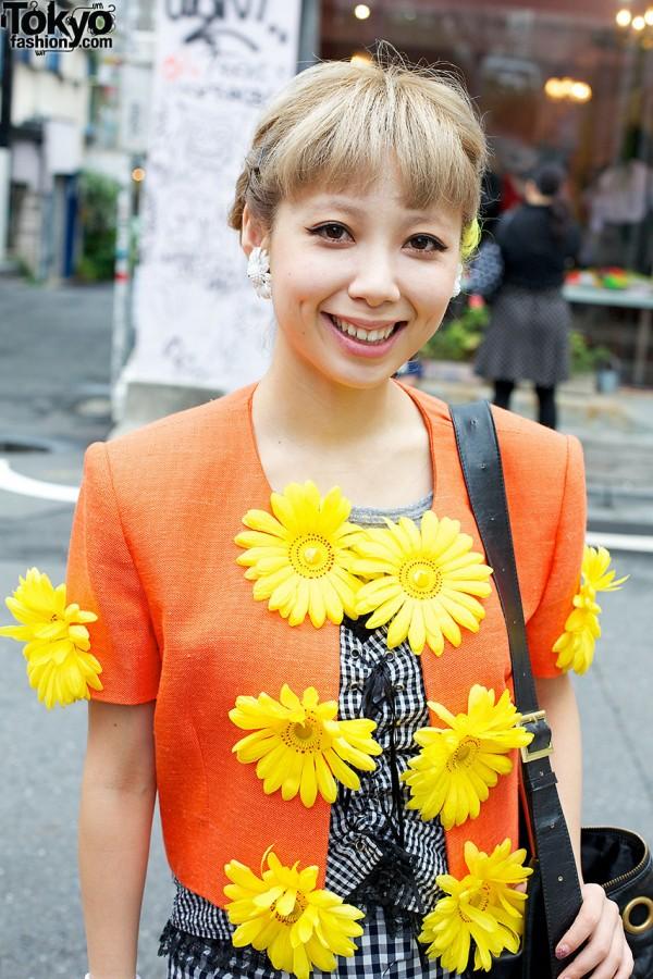Moschino Flower top in Harajuku