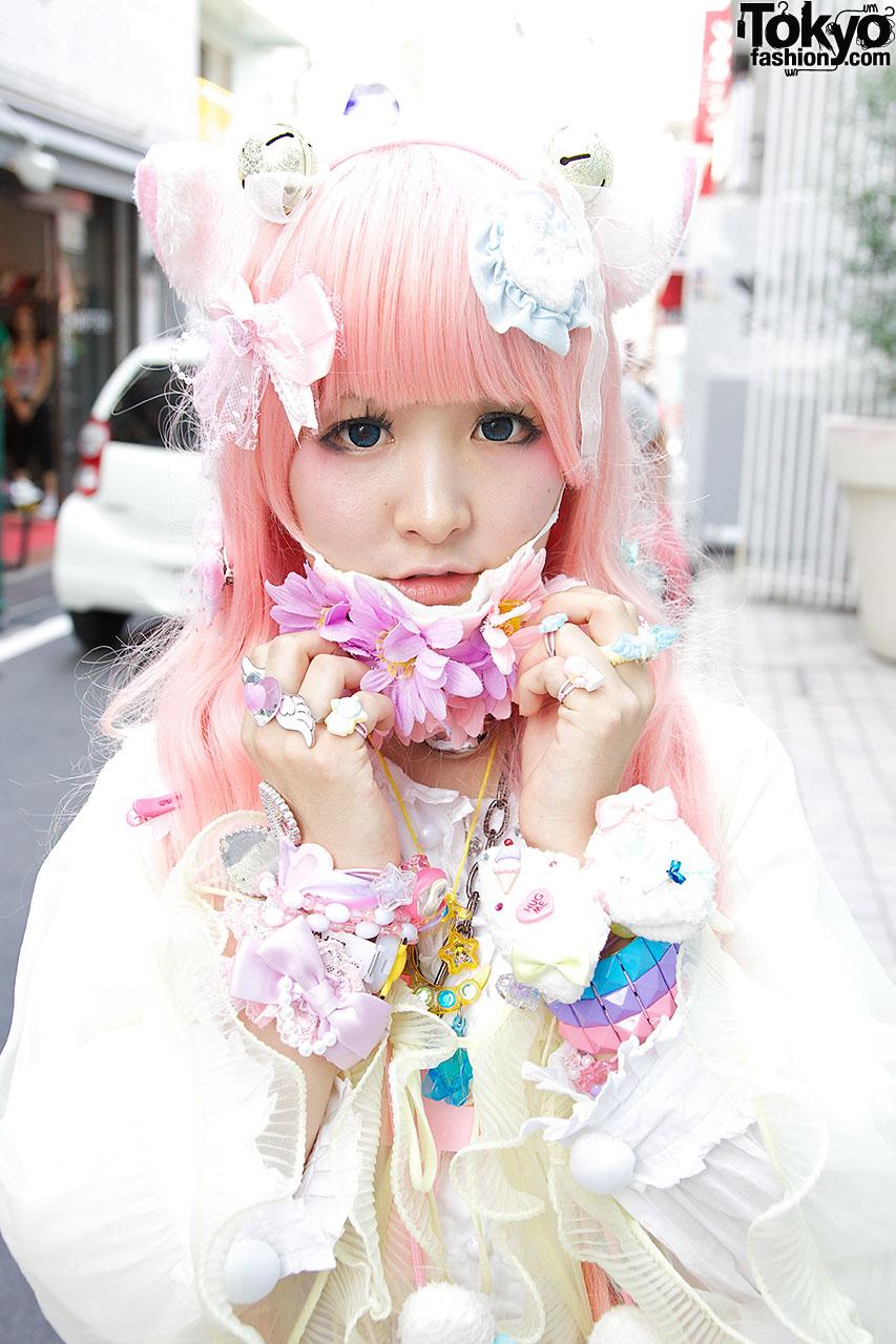 Cat Ears Pink Hair Flowers Hello Kitty Angelic Pretty In Harajuku