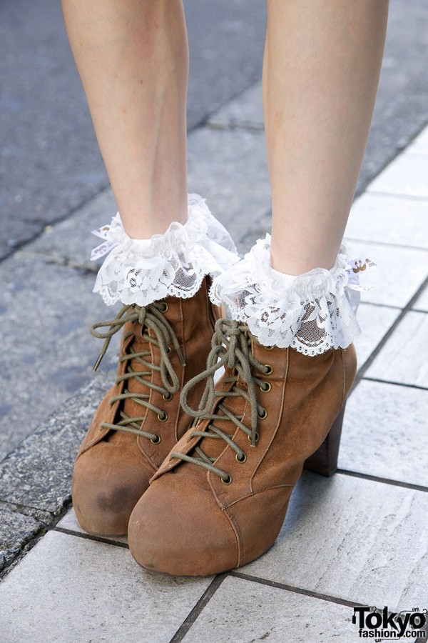 Heather Lace up Boots
