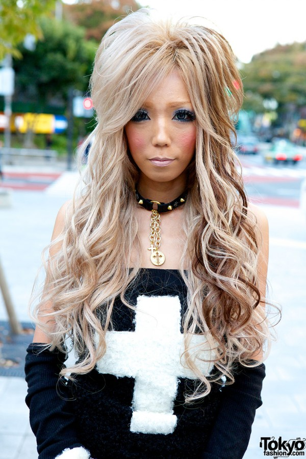Gyaru Hairstyle & D.I.A. Fashion
