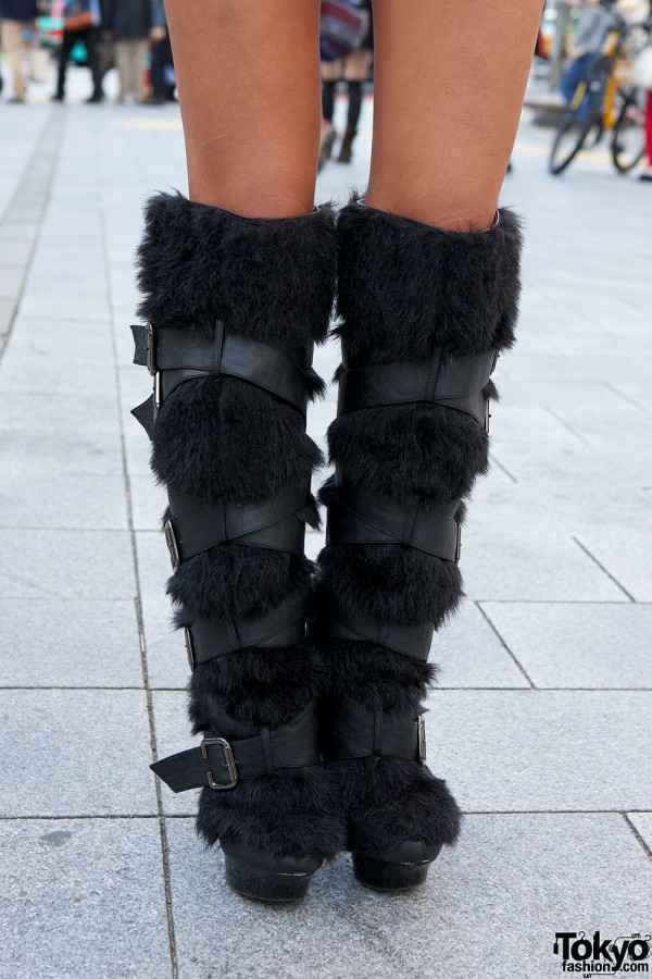 Furry Knee-High Buckle Boots