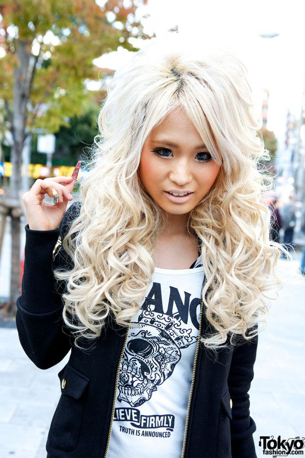 Blonde Gyaru Hair & Makeup