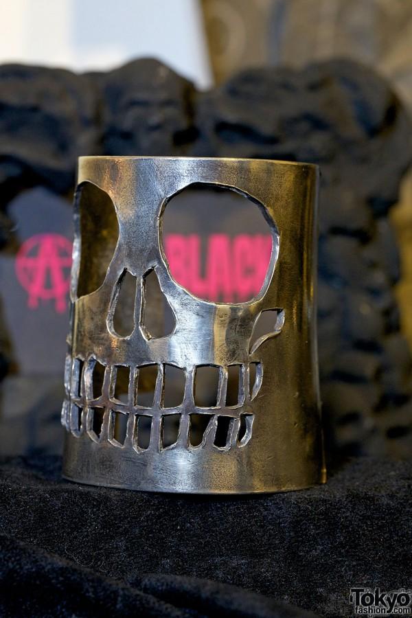 Alice Black Silver Skull Cuff Bracelet