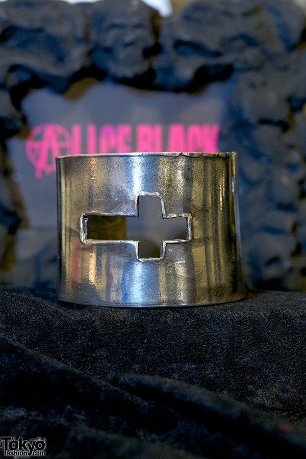 Alice Black Jewelry 2013 SS (3)