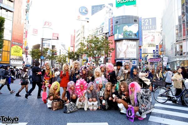 Gyaru United: Japan's Black Diamond Gals Champion a Kuro Gyaru Subculture Revival