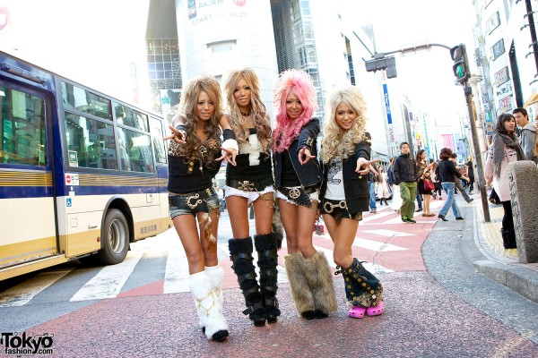 Japanese Kuro Gyaru - Black Diamond (14)