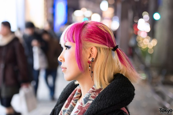 Pink-Blonde Hair & Rose Earring