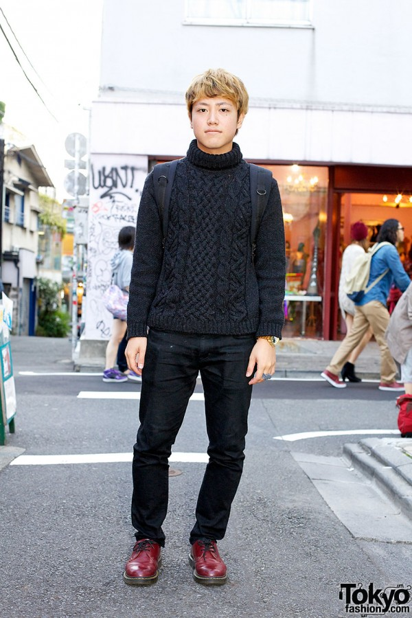 All black Harajuku fashion