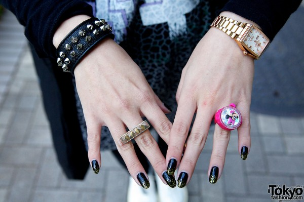 Studded Rings & Minnie Mouse