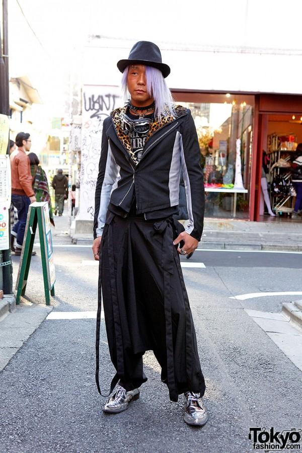 L'Arc-en-Ciel Fan in Harajuku w/ Piercings & Pointy Silver Shoes