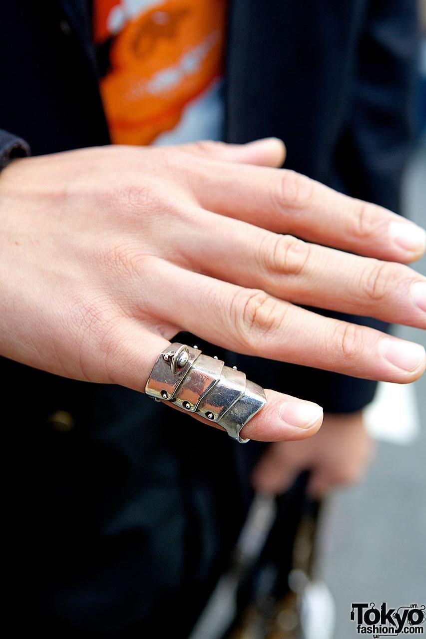 2562344efae Harajuku Guy in Bowler Hat · Vivienne Westwood tie · Armor ring