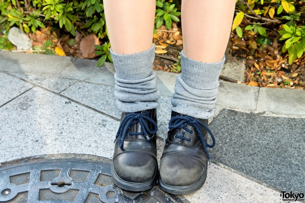 Boots and Loose Socks