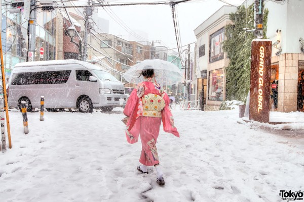 Coming of Age Day Japan 2013 Snow (61)
