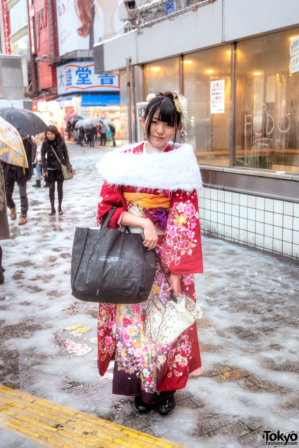 Coming of Age Day Japan 2013 Snow (115)