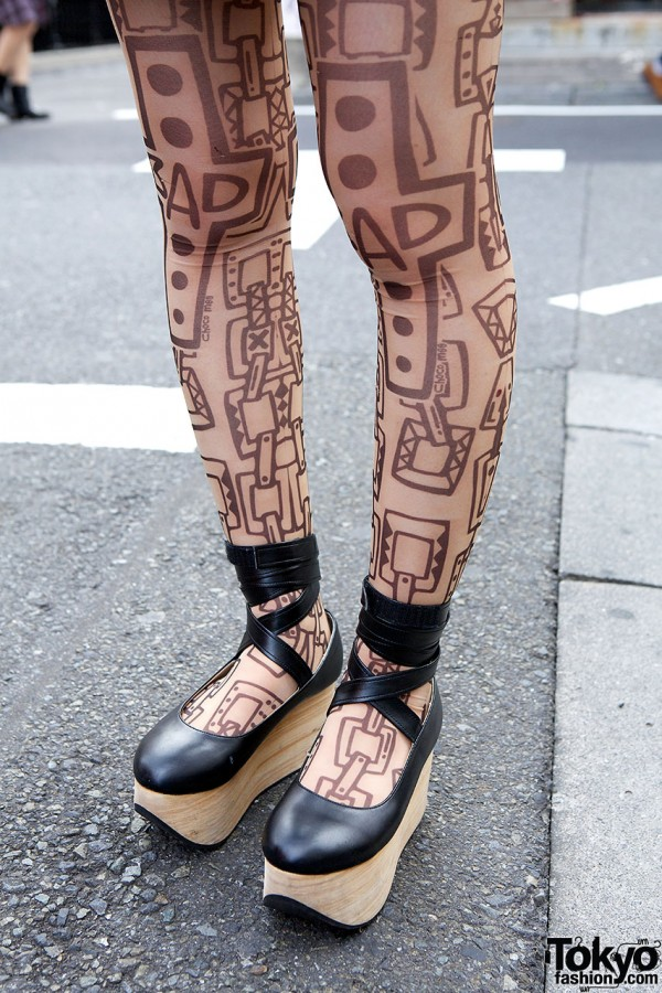 Tattoo Tights & Rocking Horse Shoes