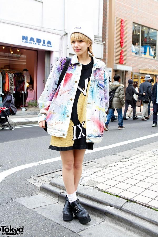 Harajuku Style Icon Una in Acid Wash Jacket & Pin Nap Sweater