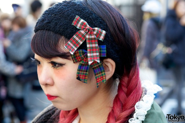 Plaid hair bows