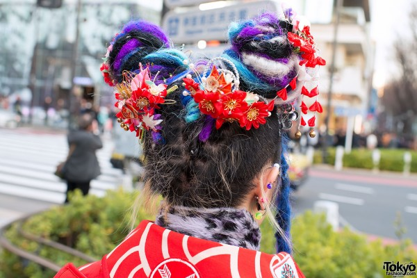 Beautiful Traditional-Meets-Rave Hairstyle