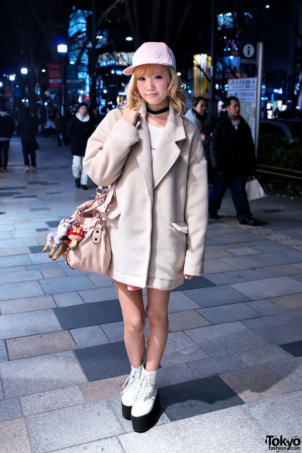 Coat & Blonde Hair in Harajuku