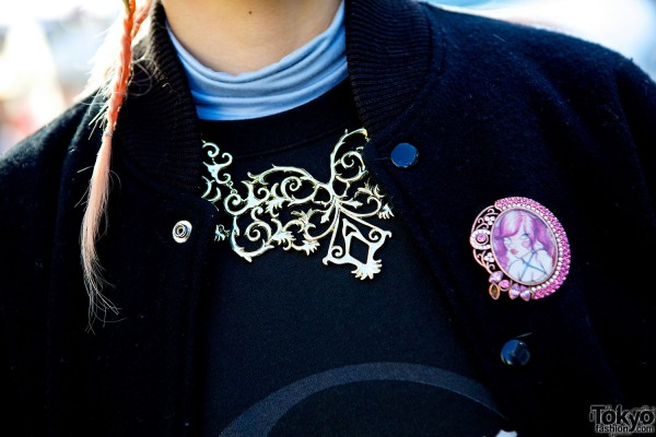 Statement necklace and pin