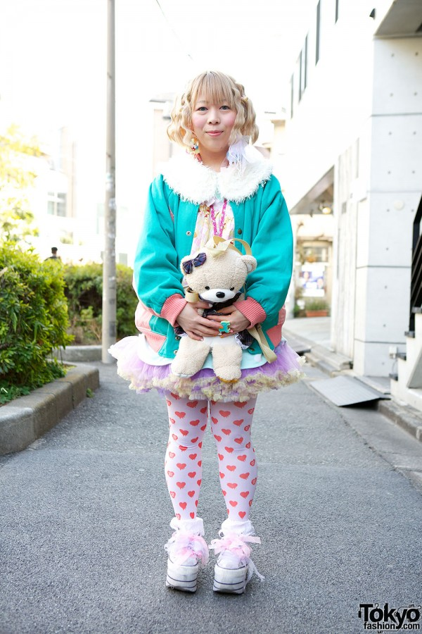 Harajuku Fashion Walk Street Snaps (21)
