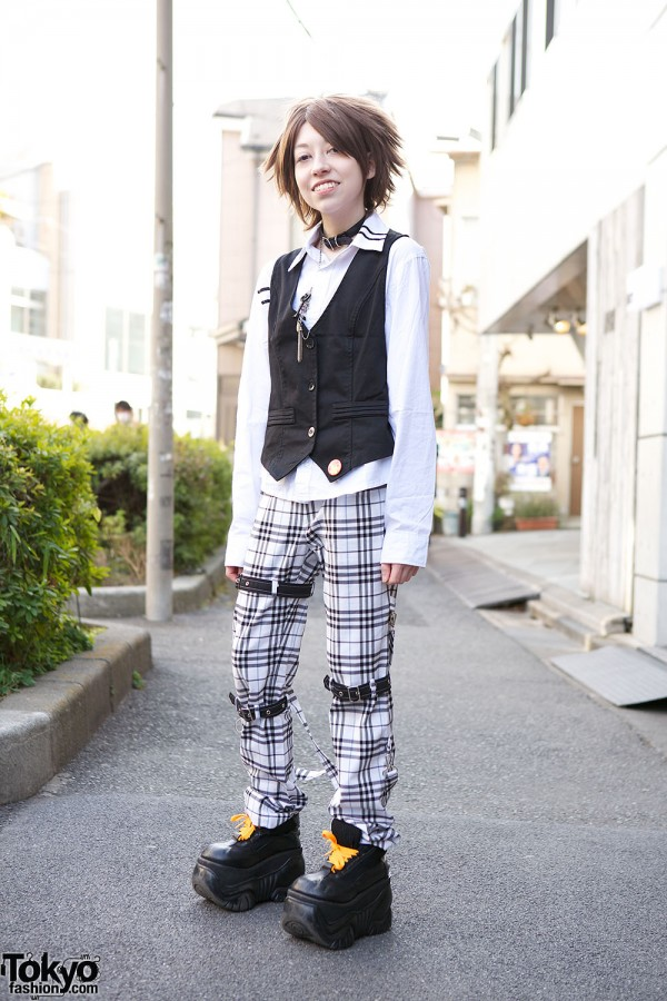 Harajuku Fashion Walk Street Snaps (30)