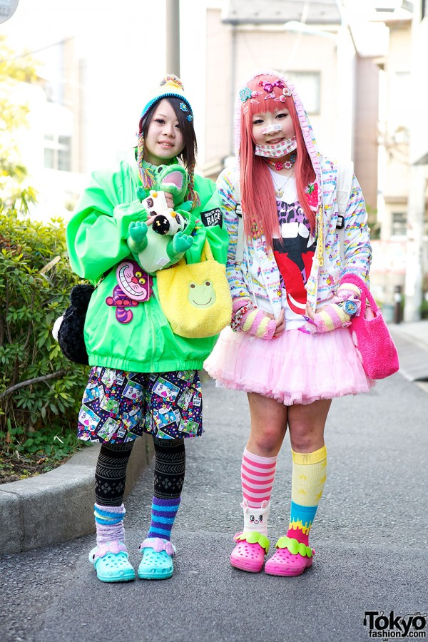 Harajuku Fashion Walk Street Snaps (32)