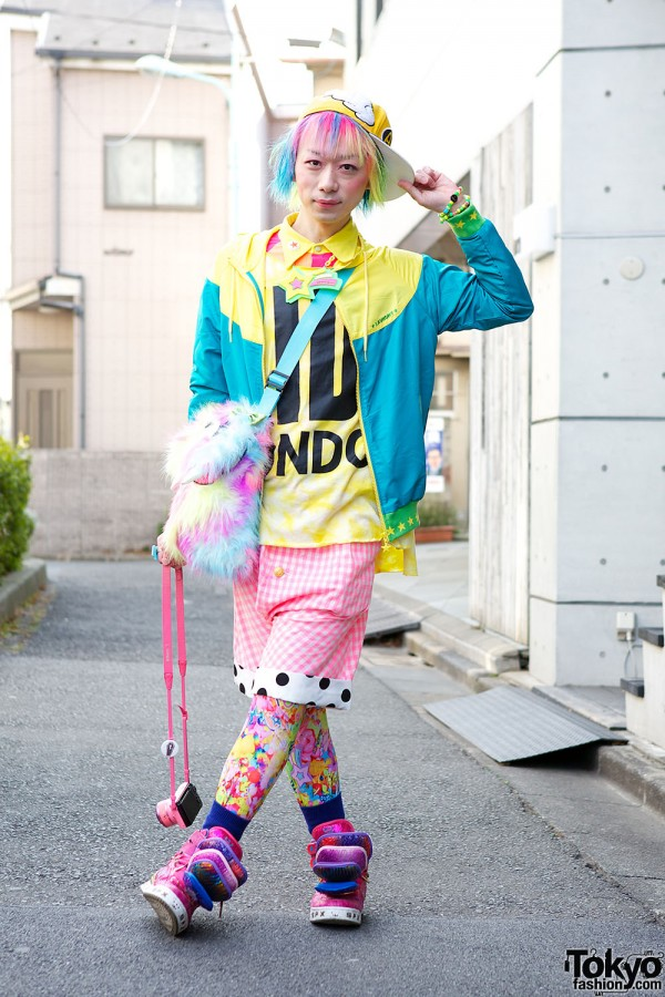 Harajuku Fashion Walk Street Snaps (39)