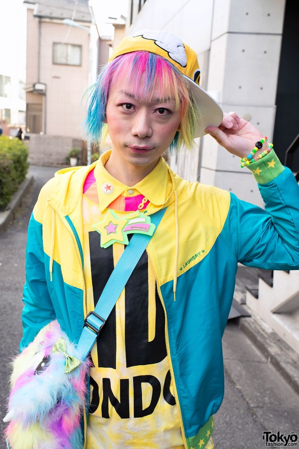 Harajuku Fashion Walk Street Snaps (40)