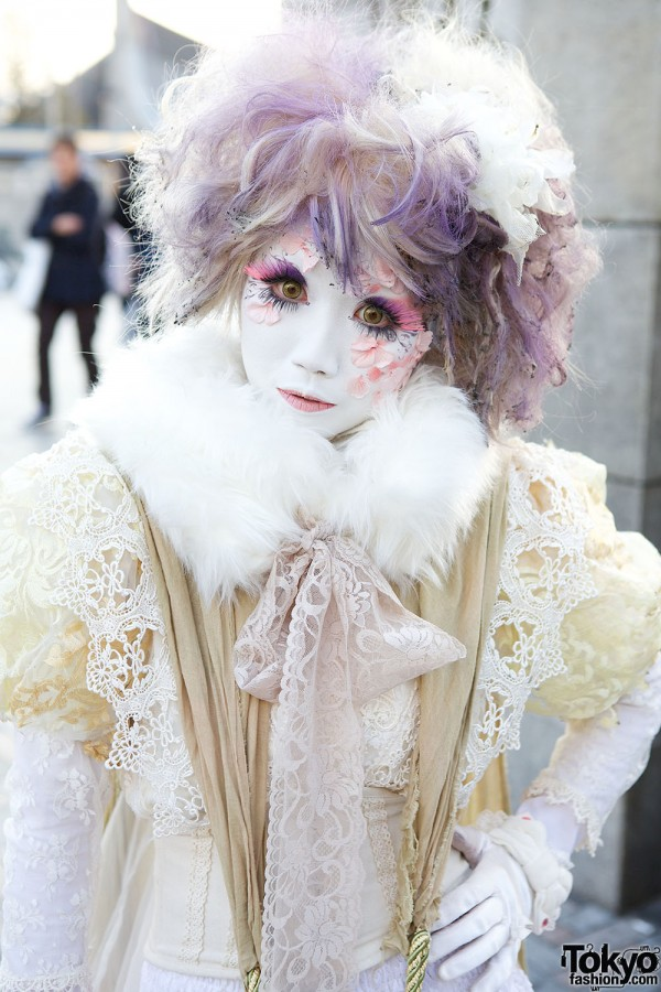 Harajuku Fashion Walk Street Snaps (58)