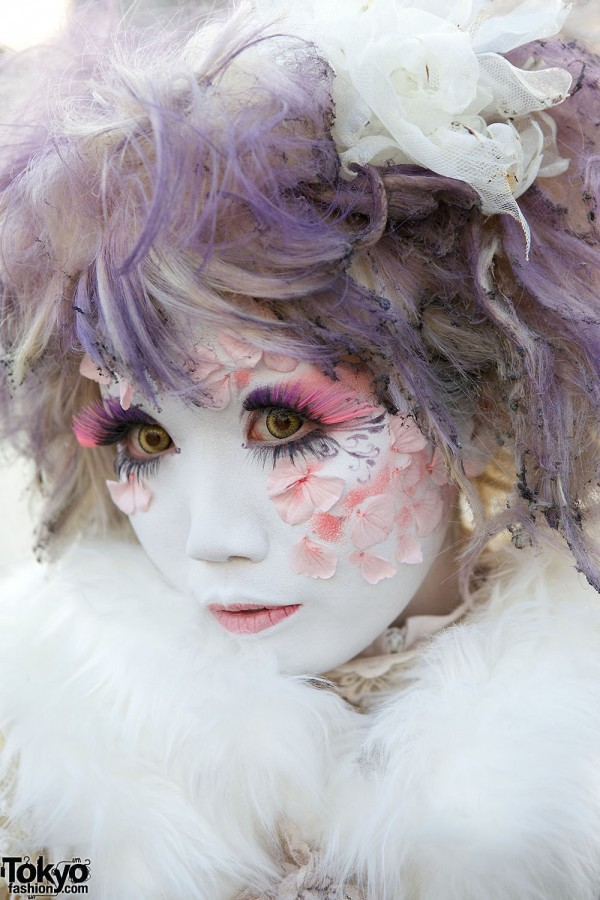 Harajuku Fashion Walk Street Snaps (59)