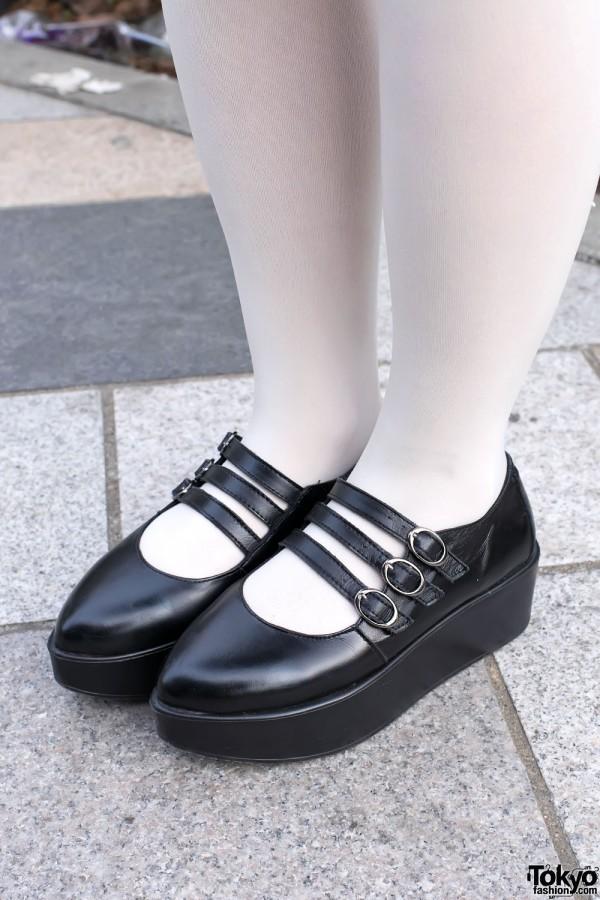 Pointy Platform Shoes in Harajuku