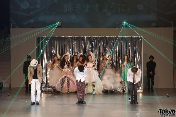 Splash International Japanese Hair Show 2013 (104)