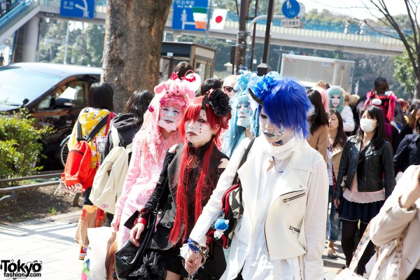 Japanese Shironuri Fashion in Harajuku (23)