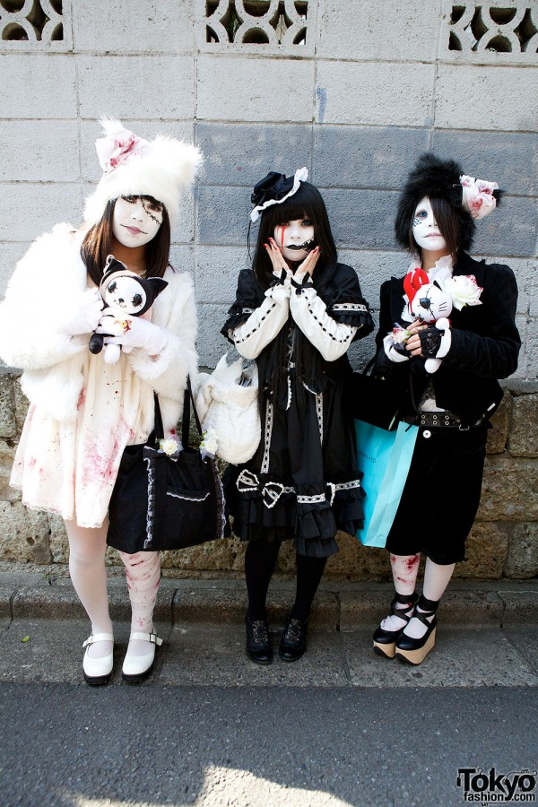 Japanese Shironuri Fashion in Harajuku (51)