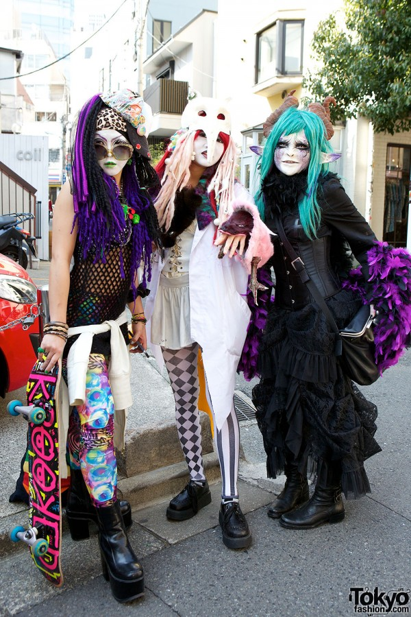 Japanese Shironuri Fashion in Harajuku (75)