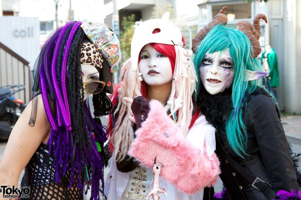 Japanese Shironuri Fashion in Harajuku (76)