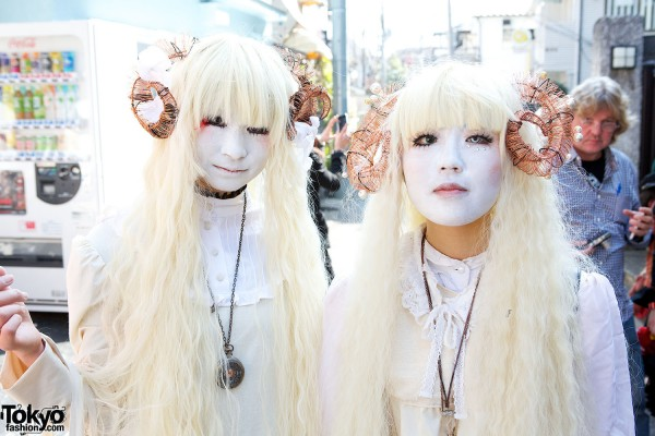 Japanese Shironuri Fashion in Harajuku (78)