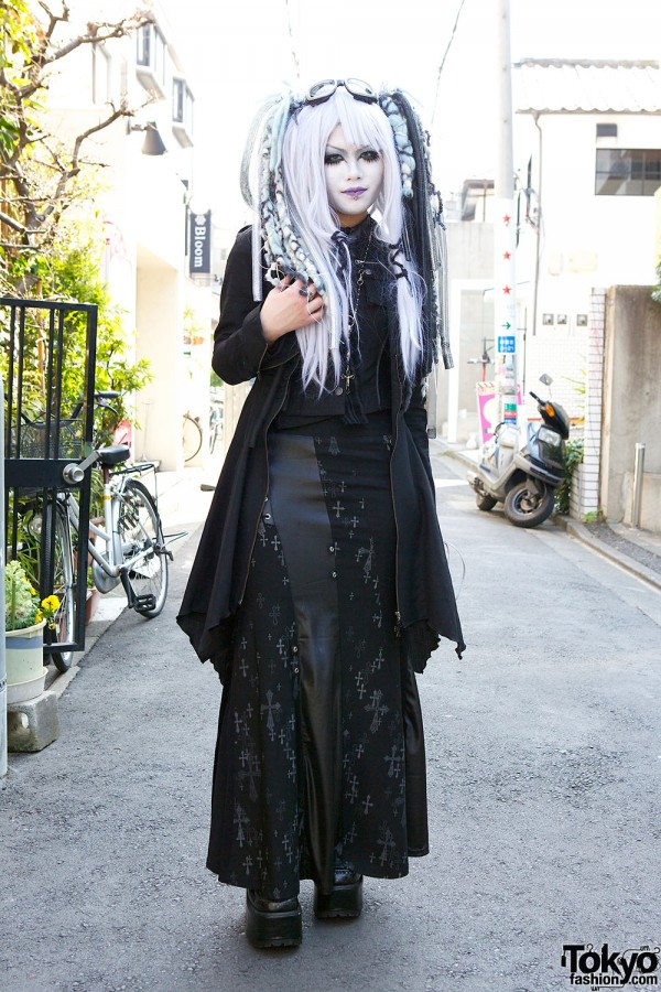 Japanese Shironuri Fashion in Harajuku (85)