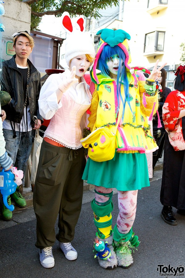 Japanese Shironuri Fashion in Harajuku (95)